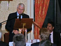Annesley with Sir John Major at the fundraising dinner in London for his campaign