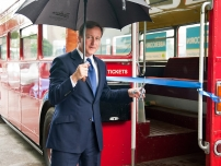 David Cameron officially launches Annesley's battle bus